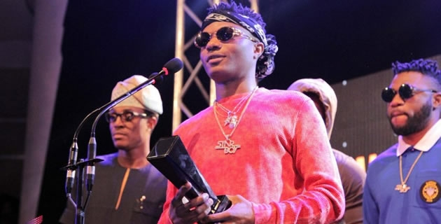 <h3>WIZKID CONGRATULATES DAVIDO, CASSPER NYOVEST AND OTHER WINNERS AT THE #SOUNDCITYMVP AWARDS FESTIVAL</h3><br />At the just concluded Soundcity MVP award festival, were the biggest African musicians gathered to witness greatness unleashed. It's been all talks on the media space since festival kicked off live on T
