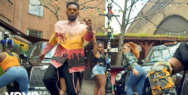 "<h3>PATORANKING'S 'SUH DIFFERENT' IS EYE CANDY, WATCH THE VIDEO!</h3><br />Days ago, Patoranking released the new single – ""Suh Different"". The Amari Musiq head honcho serves the visual and it is as colourful and retro as we have come to know the dancehall act's persona."